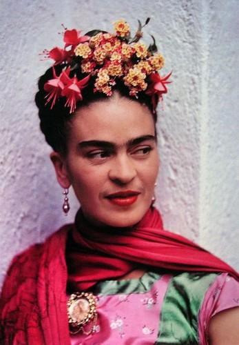 Frida színes fotón